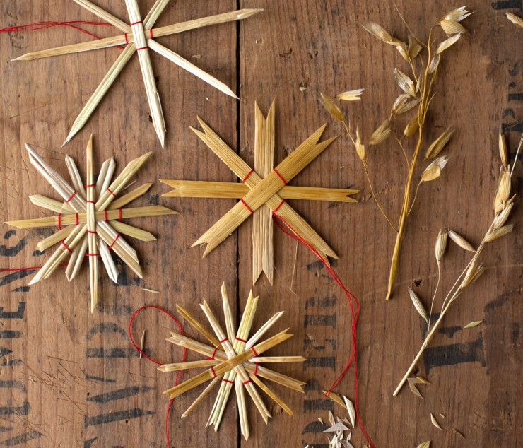 How To Make Straw Star Ornaments