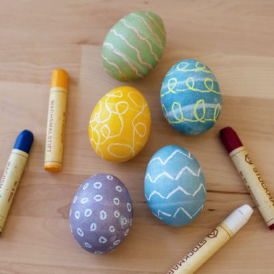 3 Easy Ways to Dye Eggs